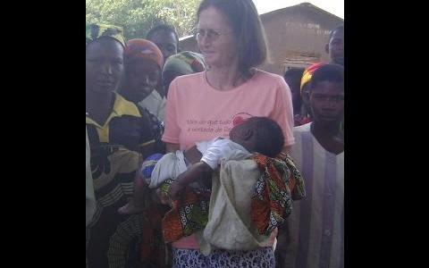 Missão e Vocação: Irmã Judith Hanauer missionária em Moçambique