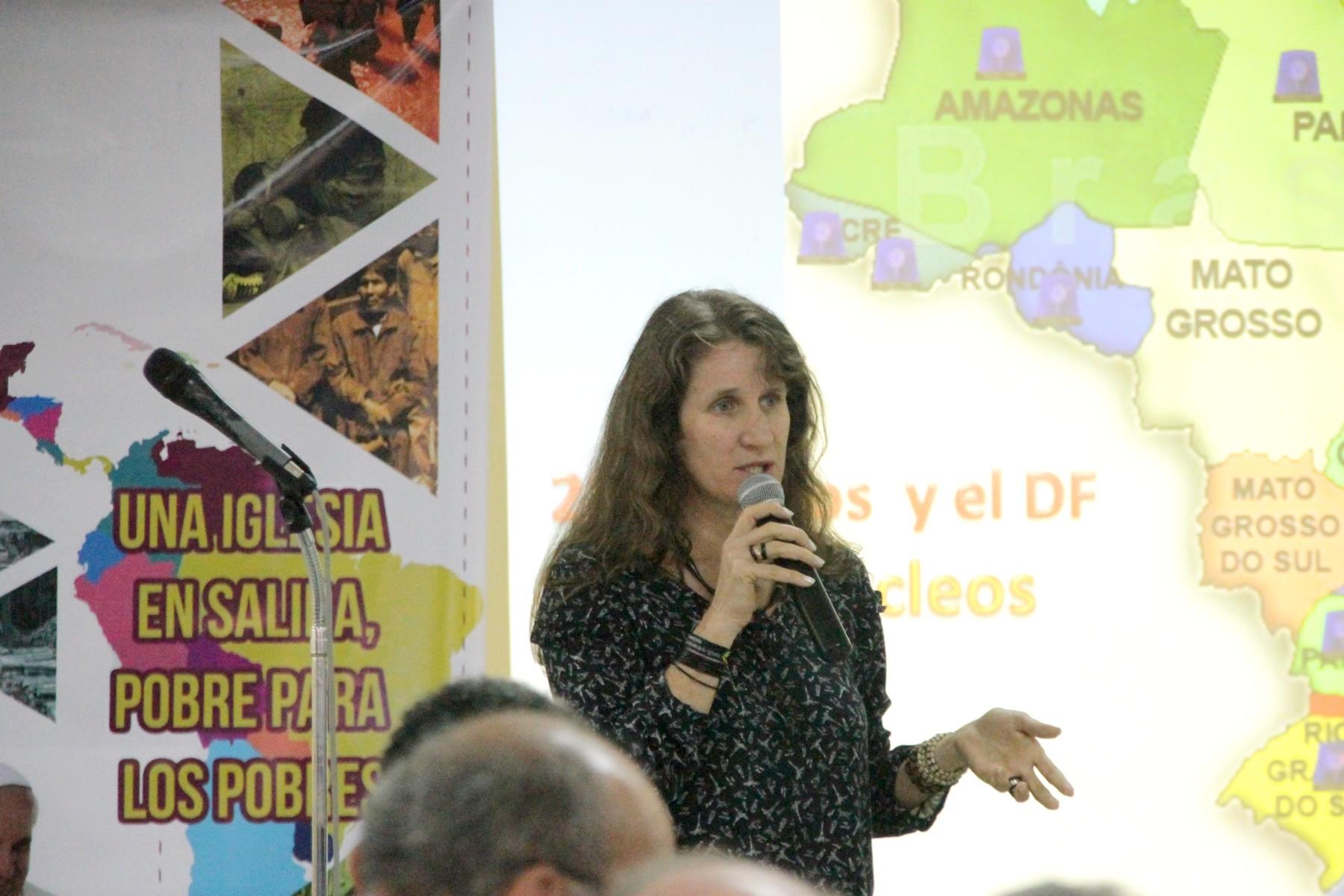 Ir. Roselei Bertoldo, ICM  abordou as ações da Rede Um Grito Pela Vida no Brasil.
