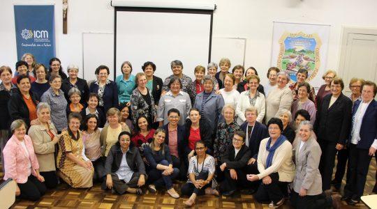 Em assembleia, Irmãs avaliam as ações do Instituto Religioso Bárbara Maix