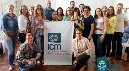 Rede ICM de Assistência Social reúne assistentes sociais e psicólogos para encontro