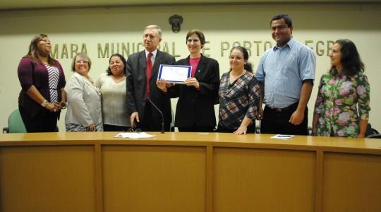 Câmara de Vereadores de Porto Alegre presta homenagem ao Instituto Providência