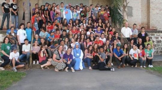 Encontro vocacional reúne mais de 100 jovens em Santa Maria/RS