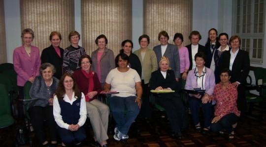 Reunião com o Conselho Geral, Coordenadoras e Ecônomas Provinciais e Irmãs Assessoras