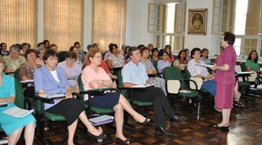 Congregação realiza conselho plenário extraordinário