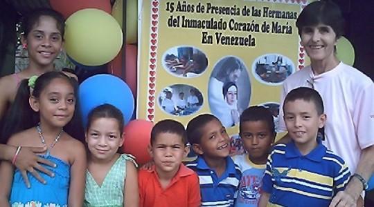 VENEZUELA: Las hermanas celebran los 15 años de presencia misionera