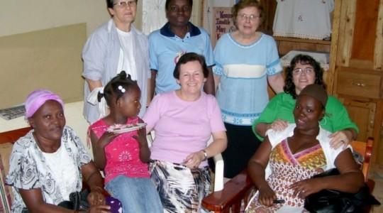 Irmãs Marlise Hendges e Ana Luisa visitam comunidade ICM no Haiti