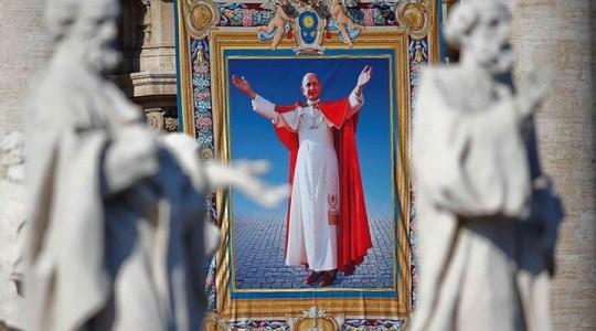Papa Francisco beatifica Paulo VI