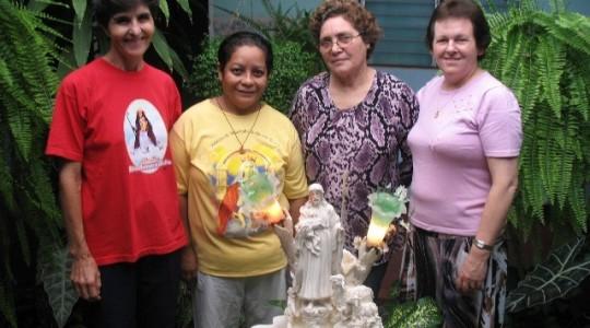 Diretora Geral visita comunidade ICM na Venezuela