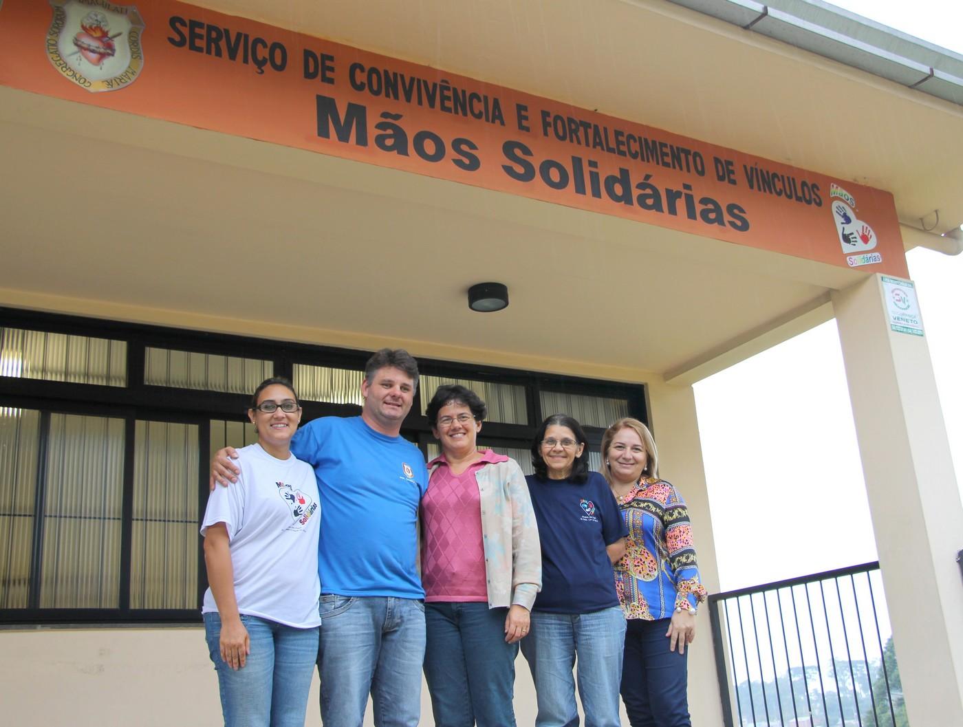 Equipe do projeto Mãos Solidárias