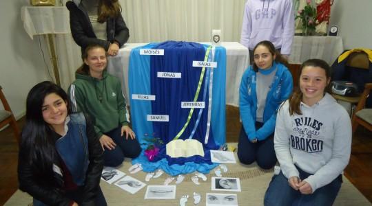 Jovens participam de encontro vocacional em Canoas/RS