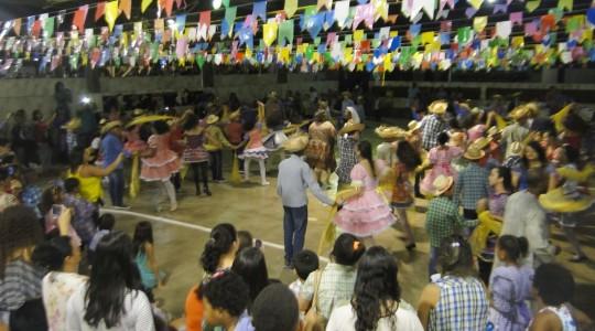 RJ: Festa Junina no Instituto Imaculado Coração de Maria