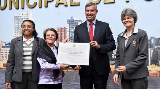 Irmã Gentila Segatto recebe titulo de Cidadã de Porto Alegre