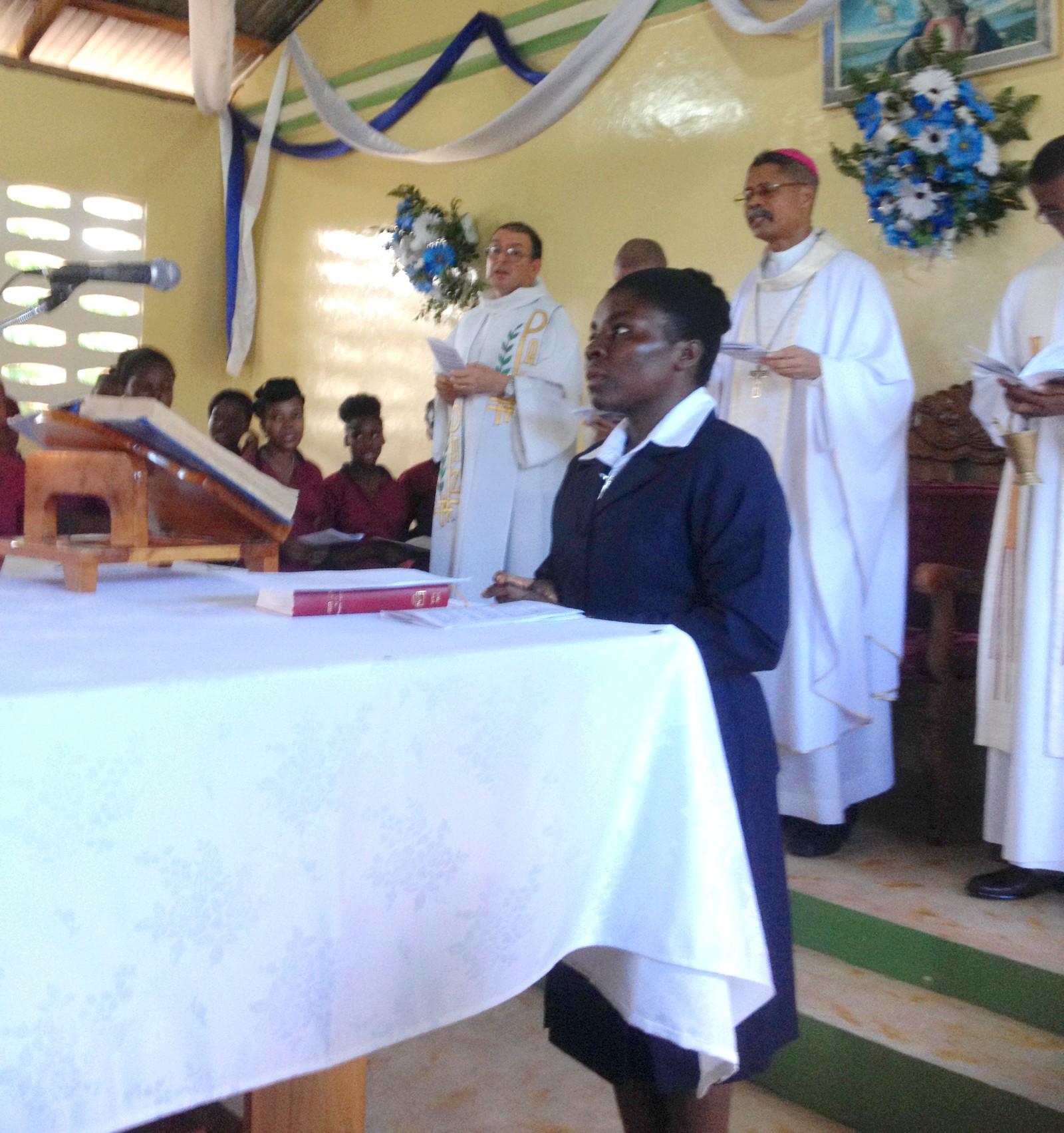 Ir. Estine é a primeira haitiana religiosa ICM