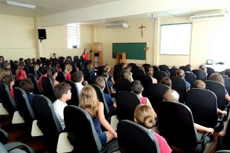 Colégio Madre Bárbara começa campanha contra Aedes Aegypti