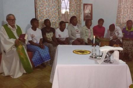 Irmãs participam de retiro espiritual em Moçambique