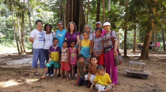 Contra o Tráfico de Pessoas, religiosas promovem ação missionária na fronteira do Brasil e Guiana Francesa