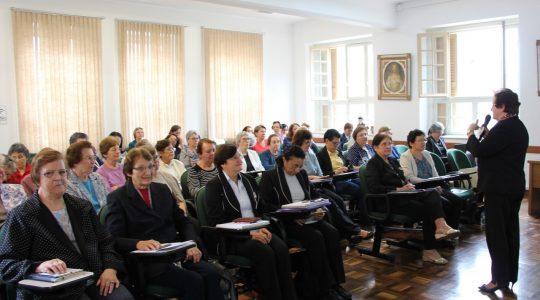 Em assembleia, associadas aprovam ações do Instituto Religioso Bárbara Maix