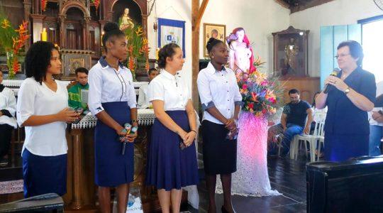 Noviças são acolhidas em Aparecida de Goiânia (GO)
